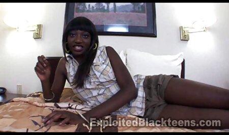 همسر شهوانی در تلگرام و مادر عزیز نیاز به یک خروس سیاه و سفید.