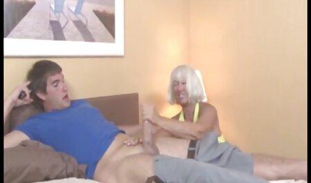 دکتر Lacey Starr رفتار بیمار خود را با یک کانال سکسی جدید در تلگرام در بند