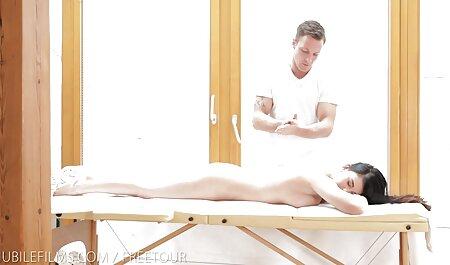با ترشیده Roxy و اورسولا مور چنل سکسی در تلگرام